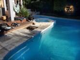 Baisse de l'eau de la piscine à cause de l'évaporation